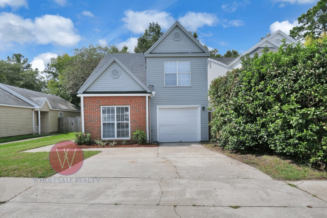 Jacksonville beaches home for sale exterior